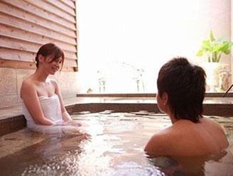 本格鉄板焼と温泉露天風呂の宿 リゾート 菊ホテル