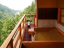 伊香保温泉 人気の露天風呂付客室と美味に和む宿 かのうや
