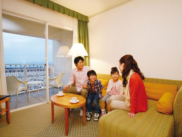 和歌山マリーナシティホテル(旧:和歌山マリーナシティ ロイヤルパインズホテル)