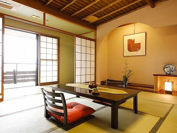 5つの貸切風呂と13の無料サービスを楽しめる宿 高山観光ホテル