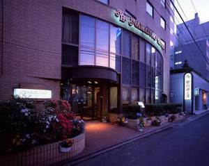 中殿ホテル
