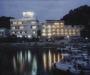 豪快!活魚料理 高よしパークホテル