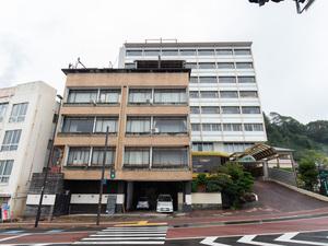 日本一の足湯がある小浜温泉 海のそばの宿 うぐいすや旅館