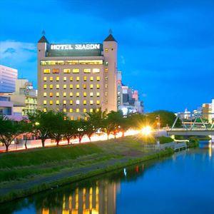 【ホテルシーズン】千波湖を一望 絶景朝食バイキングが自慢