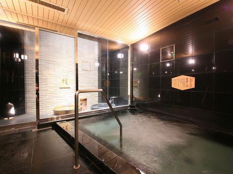 アパホテル<新宿御苑前>
