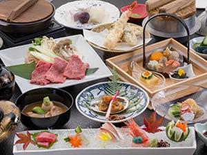 金沢・湯涌温泉 離れと貸切風呂が人気の美食宿 かなや