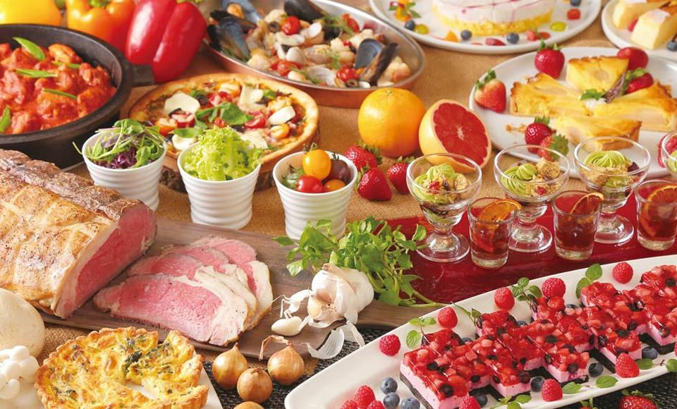 白いちご黒いちご食べ比べとガーベラ花束作り&東京ドイツ村