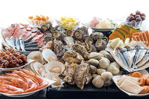 天橋立カニ&アワビ&ブリ食べ放題 うに&いくら&鯛のっけ放題