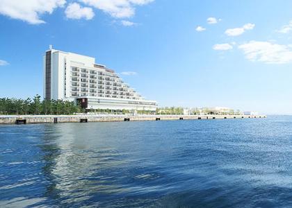 神戸の都心で夜景と天然温泉を楽しめる旅館「神戸みなと温泉 蓮」