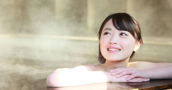 紅葉の季節におすすめ!美人の湯が堪能できる温泉宿5選