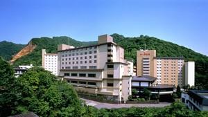 北海道でカニ食べ放題プランのある宿を教えてください