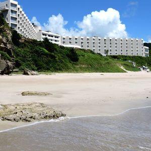夏に伊豆の海で海水浴。一泊一人7000円以下の民宿