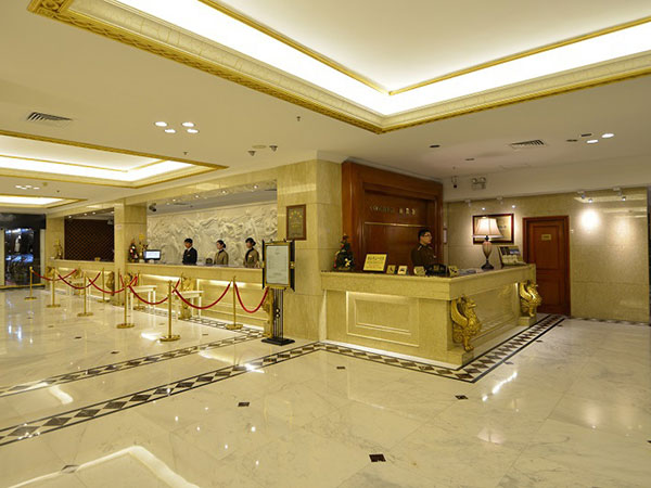 グランド リージェンシー ホテル
