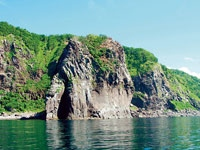 ゴジラ岩観光・写真