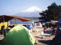 精進湖キャンピングコテージ・写真
