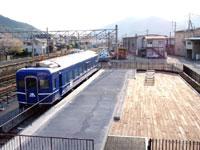 下吉田駅ブルートレインテラス・写真