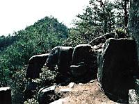 日本ピラミッド葦嶽山・写真