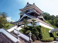 岩石城(添田町美術館)