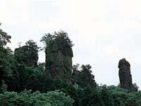 霊巌寺の奇岩・写真