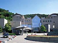 徳島県立近代美術館・写真