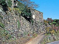 石垣の村・写真