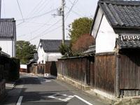 岡本町の町並み