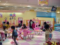 おもちゃ大使館・写真
