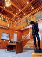 今治市朝倉ふるさと美術古墳館・写真