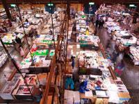 塩釜水産物仲卸市場・写真
