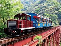 トロッコ列車「ゆうすげ号」・写真
