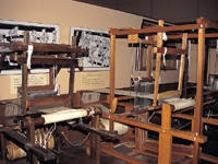 米沢織物歴史資料館・写真