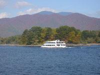 檜原湖遊覧船・写真