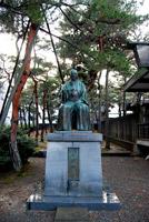福井神社(松平春嶽像)