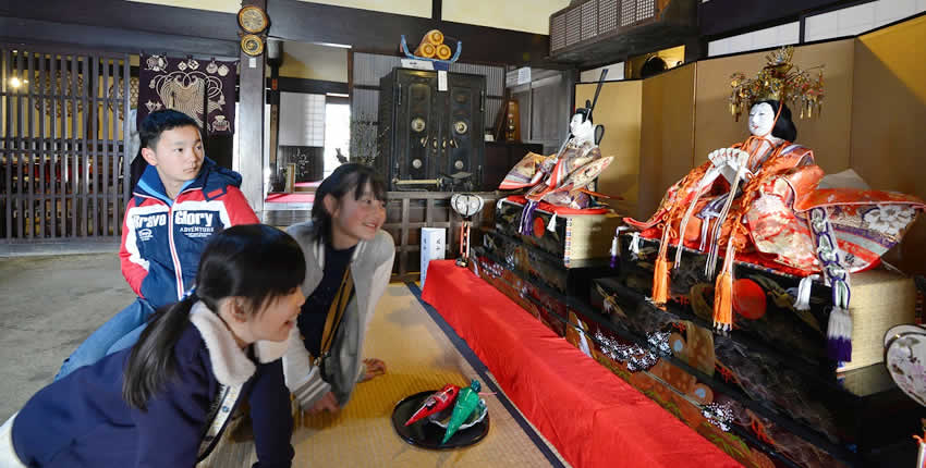 岩村城下的雛祭典(惠那市)