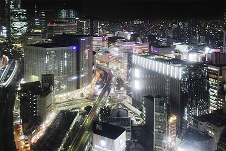 Guest rooms offer an exquisite nightcape of Yurakucho.(Views differ in each room.)