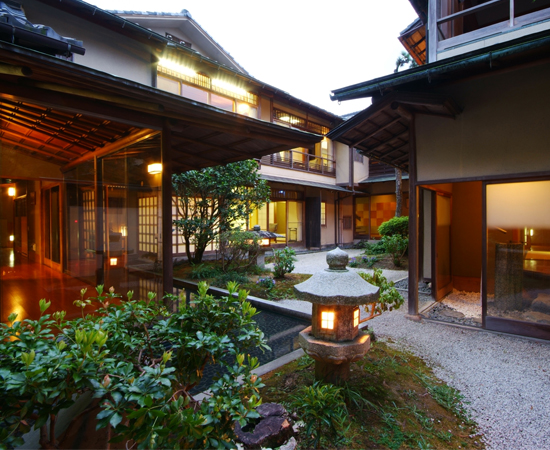 A panoramic view of the Hiratakan annex.