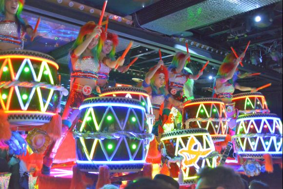 Robot Restaurant: An overload of futuristic fantasy