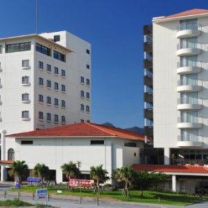 沖繩余家弗飯店