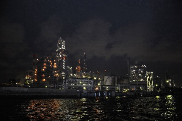 Yokohama Factory Scenery