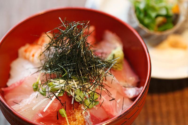 しらこ 海鮮丼