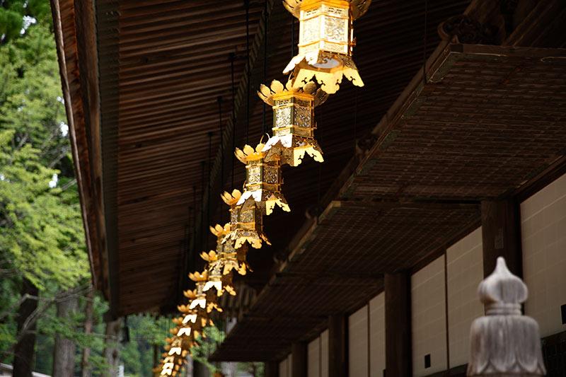 壇上伽藍の金堂
