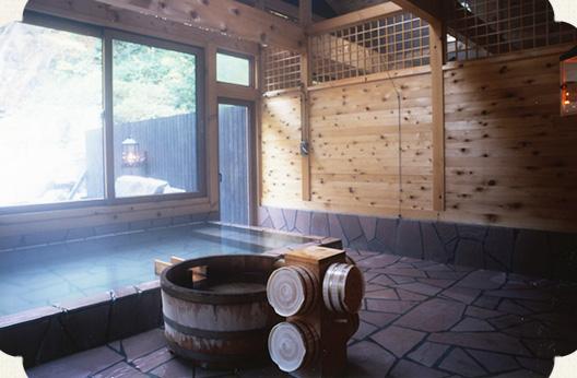 青荷温泉・ランプの宿