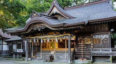 劔(つるぎ)神社