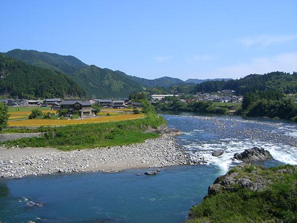 岐阜の【FAO世界農業遺産】清流長良川の鮎