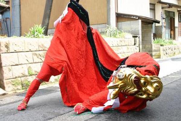 千谷麒麟獅子舞