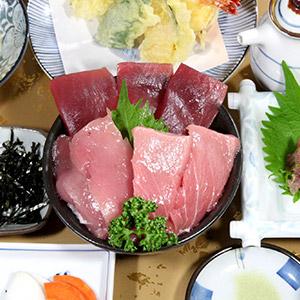 まぐろ丼・花のいわや亭(熊野市)