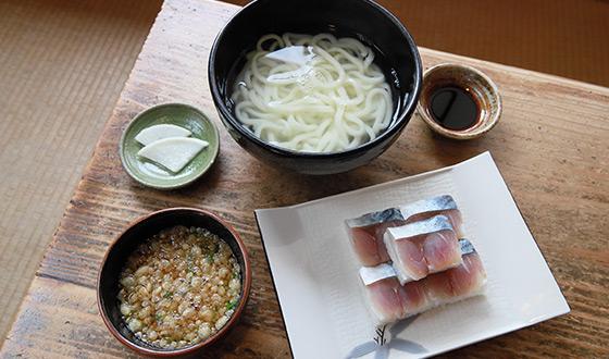 青島エリア「宮崎食堂×青島リバーSUPコース」