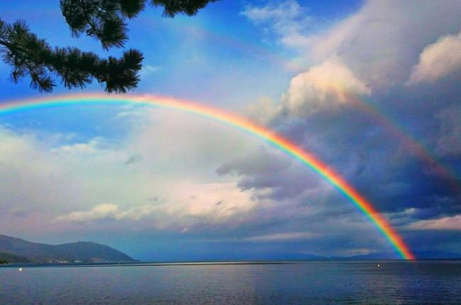虹色の旅へ。滋賀・びわ湖 7つの...