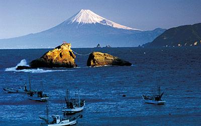 雲見海岸からの富士山(松崎町)