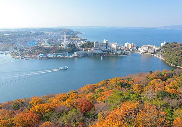 景勝地として有名な浜名湖舘山寺。